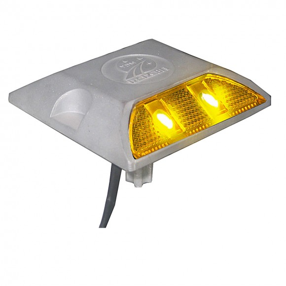 road stud light